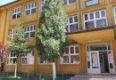 Autorităţile locale din Lupeni oferă burse pentru elevii de la şcolile din localitate