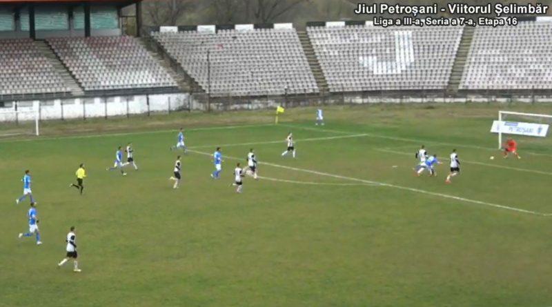 ● Fotbal, Liga a III-a, Seria a 7-a DECAPITAȚI DE ARBITRU