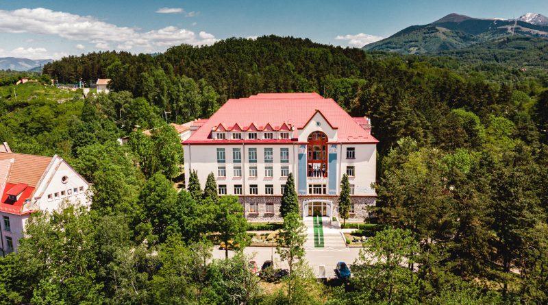 Universitatea Petroșani este în plină sesiune de admitere la Școala Doctorală