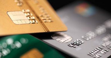 Bancă amendată pentru practici abuzive