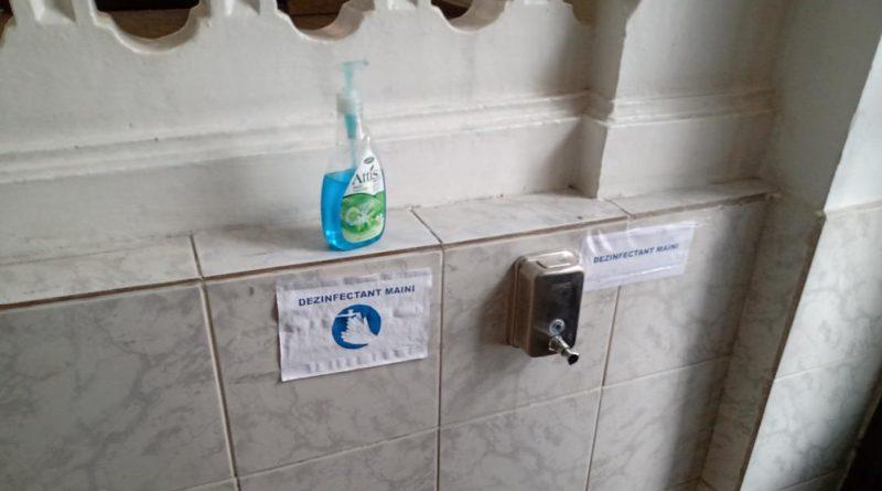 Dozatoarele cu dezinfectant, vor secătui inutil bugetele