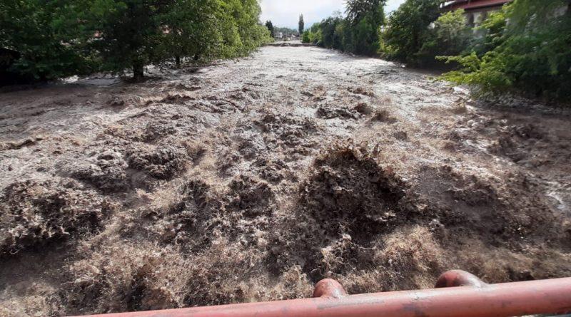 Reportaj: Valea Jiului, cele mai grave inundații din ultimul sfert de veac