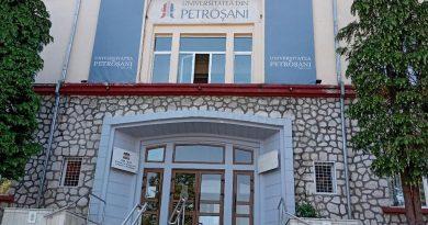 Universitatea din Petroșani începe cursurile în 5 octombrie