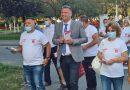 Sute de oameni alături de primarul LUCIAN RESMERIŢĂ pe străzile Lupeniului
