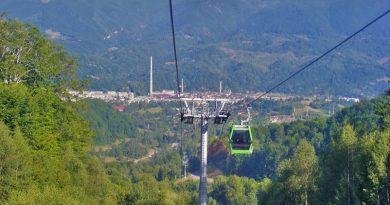 Turiștii vor putea urca în Straja cu telegondola